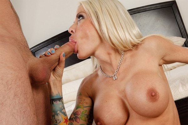 Tattooed Hotty Helly Hellfire Red Hot Blowjob